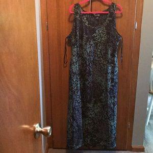 Plus Size women's dress 22/24